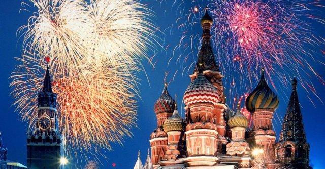 Ватромет изнад Кремља за Божић