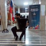 Никита Власов, млади руски музичар на хармоници, одржао концерт у Алексинцу