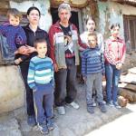 Породица из Житковца живи у стравичним условима