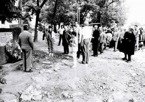 Житковац - споменик борцима из Првог и Другог светског рата у центру Житковца кога нема