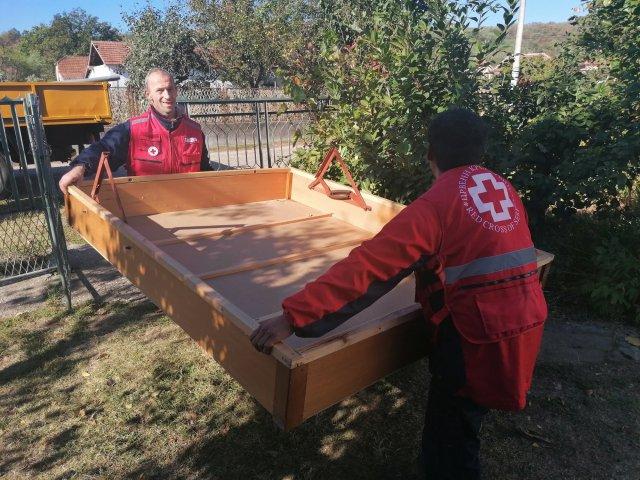 """Crveni krst Aleksinac organizovao akciju """"Radni vikend na selu"""""""