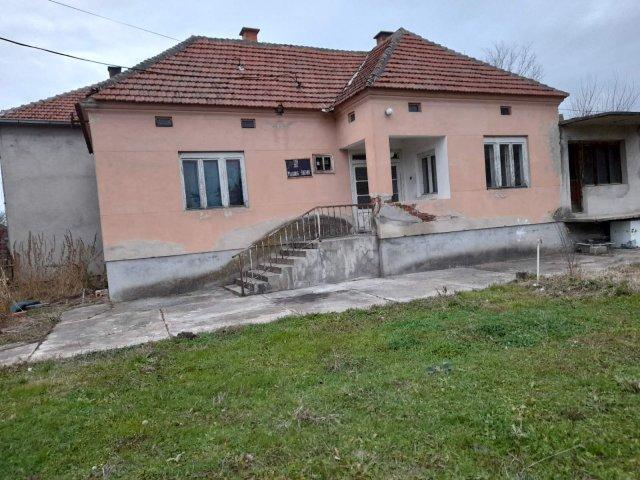 Kuća na prodaju, Donji Ljubeš