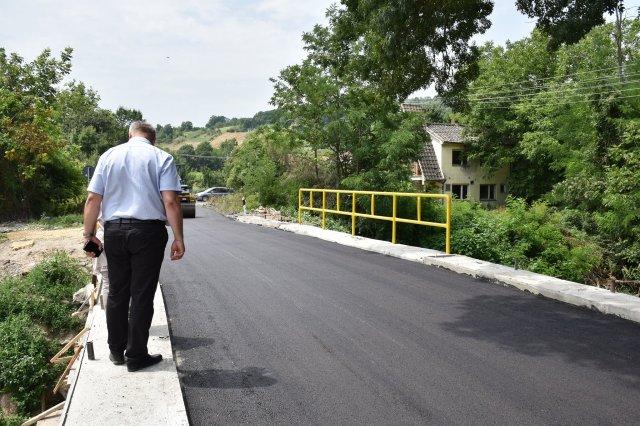 Predsednik opštine obišao radove na sanaciji mosta na opštinskom putu Trnjane - Jakovlje