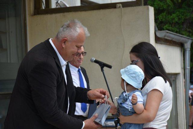 Годишња додела сребрњака родитељима новорођених беба