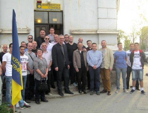 Шутановац у посети изборном штабу ДС