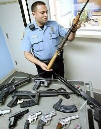 Ухапшена четворица због производње и продаје оружја