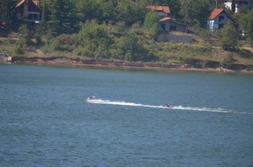 Опасни спортови на језеру