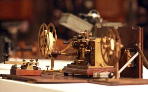 На оваквом телеграфу су слате прве поруке; фото: ПТТ музеј