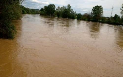 У Витковцу спречено ширење поплаве