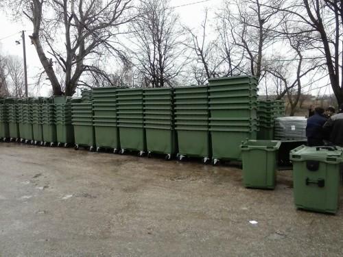 550 kontejnera za naselja uz Južnu Moravu