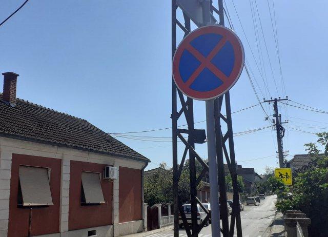 Косовска преко ноћи добила нове знакове, а становници казне