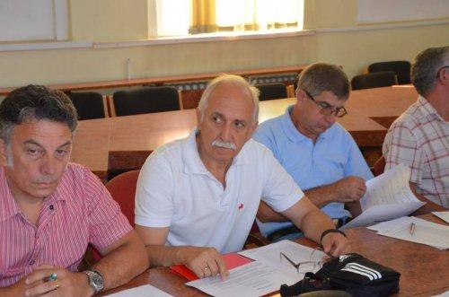 Novi plaćeni većnik je Dragoslav Nenadović