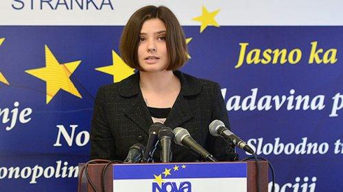Алена Бикилић