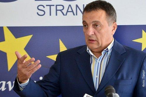 Зоран Живковић