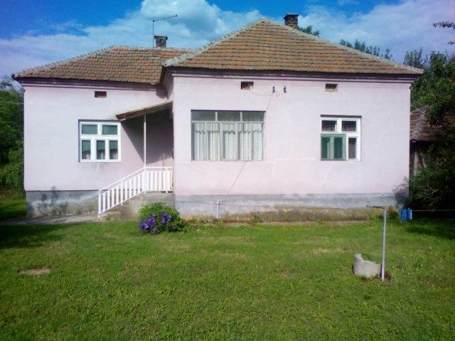 Prodajem kuću u Rutevcu