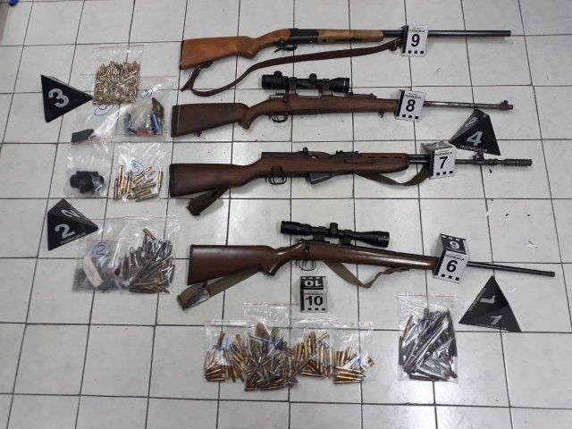 Ražanjac prodavao oružje, a u automobilu mu pronađene puške i municija