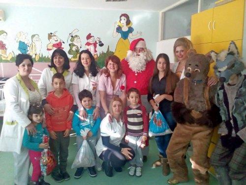 Деда Мраз на алексиначкој педијатрији