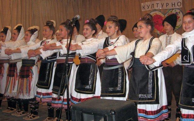 Једна од ретких манифестација у алексиначком Помотрављу: Културно стваралаштво на селу