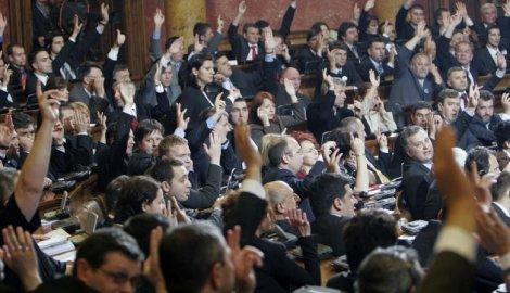 Poslanici glasaju bez mozga