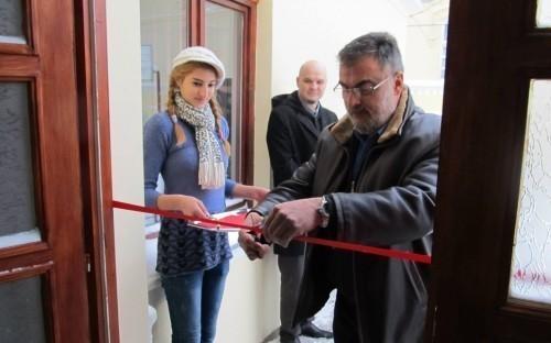 """Novogodišnja priredba povodom otvaranja novih prostorija OŠ """"Smeh i suza"""""""