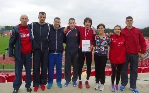 Tri bronze i 11 ličnih rekorda za Atletičare