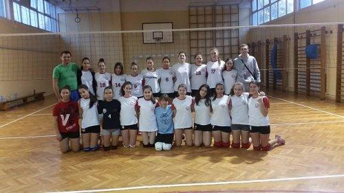 Женски одбојкашки дерби у Алексинцу - победила одбојка