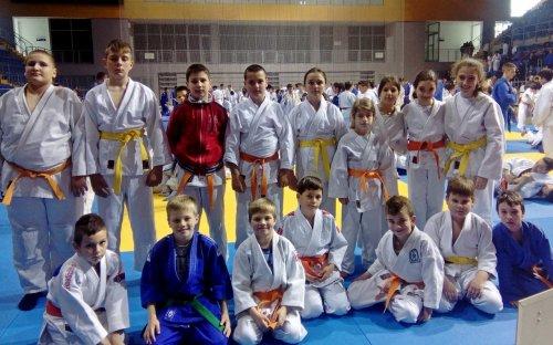 Regionalno takmičenje u Kraljevu i medalje za Džudo klub Aleksinac