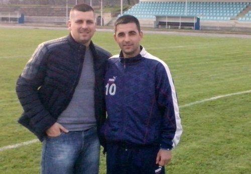 Милош Белић, некада играч Рудара, сада тренер са капитеном Александром Земљаком на истом задатку, а то је опстанак у Зони исток