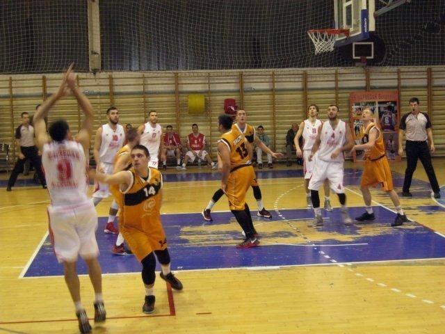 Рутинска победа кошаркаша Напретка