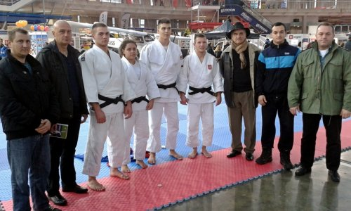 НИФ на 4. Међународном сајму спорта