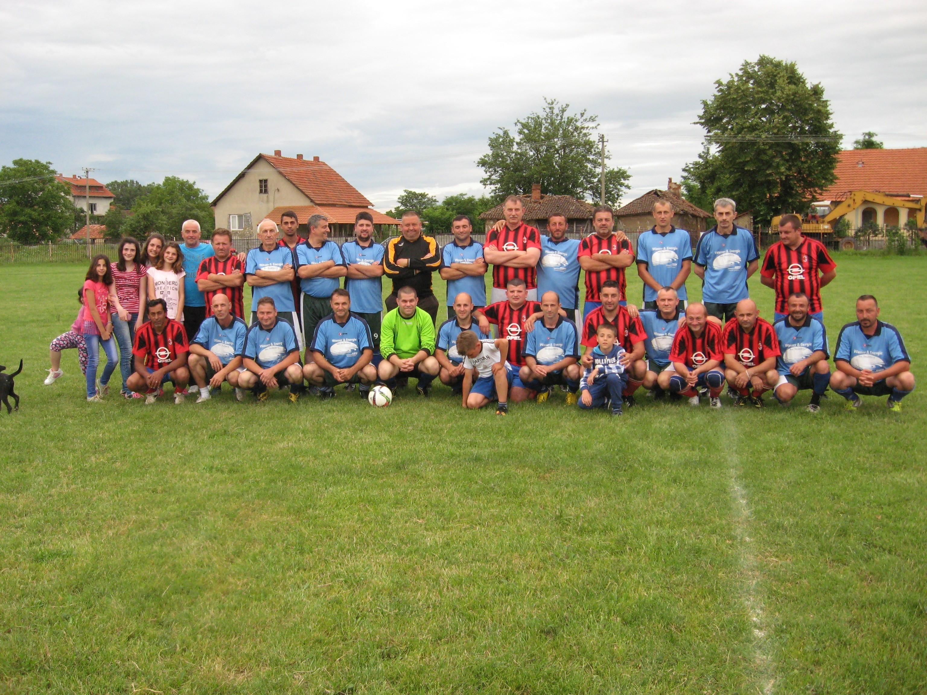 crveno-crni Polet, plavi Jastrebac