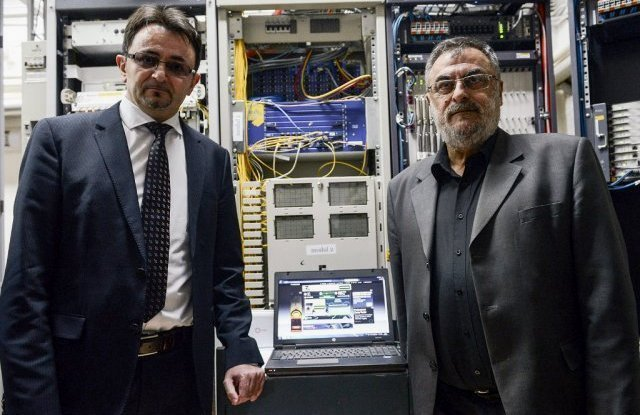 Generalni direktor Telekoma Srbija Predrag Ćulibrk i predsednik opštine Aleksinac Nenad Stanković