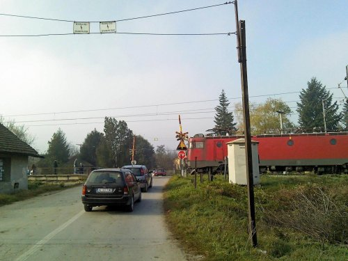 Pružni prelaz u Tešici