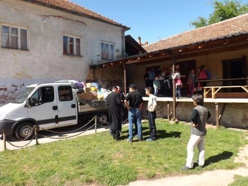 Selo Vakup poslalo kamion pomoći Šapcu