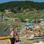 """Непријављени туристи """"пуне"""" фекалијама Бованско језеро"""