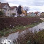 Kanalizacije narušavaju izgled keja i izazivaju ekološku štetu