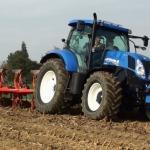 Субвенције пољопривредницима за набавку трактора
