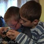 RTS: Mihajlo iz Žitkovca živi sa retkom bolešću