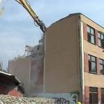 Počelo rušenje novijeg bloka škole
