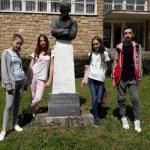 Ученици ОШ Љупче Николић из Тршића се враћају са наградама