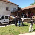 Село Вакуп послало камион помоћи Шапцу