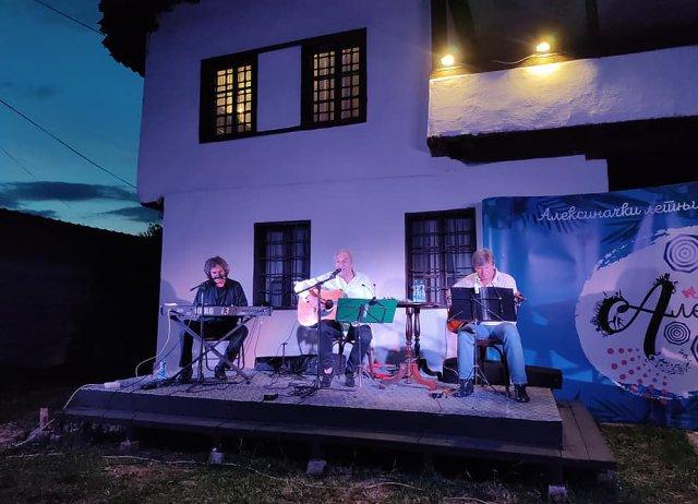 Горан Султановић певао свој блуз у Алексинцу