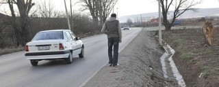 Vozač bez dozvole pregazio pešaka