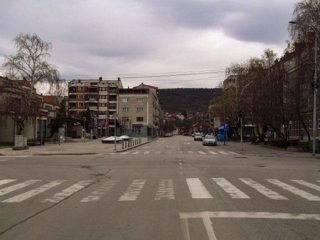 Од петка у 17 часова до понедељка у 5 ујутру полицијски час на територији Србије