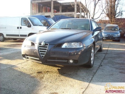 Prodajem Alfa Romeo 166 2.4 jtd 2005.god. Cena 8200 evra