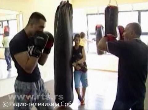 /upload/storyBoxFileData/2013/07/29/3524626/Aleksinacki bokseri ponovo u ringu 290717.mp4