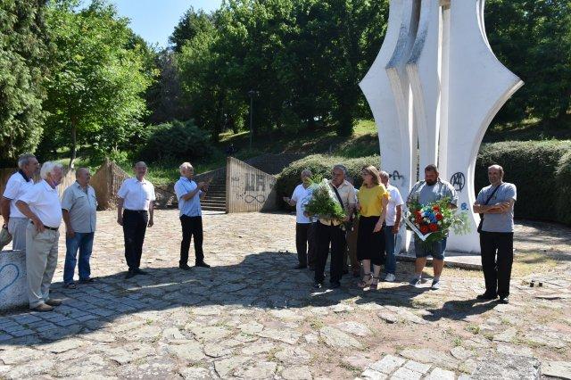 Откривање спомен плоче у Брадарцу