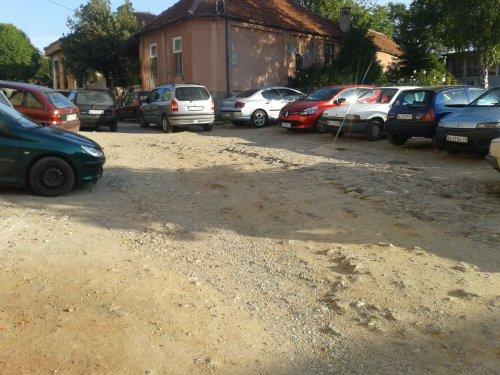 Apel građana: Molimo Vas, asfaltirajte!