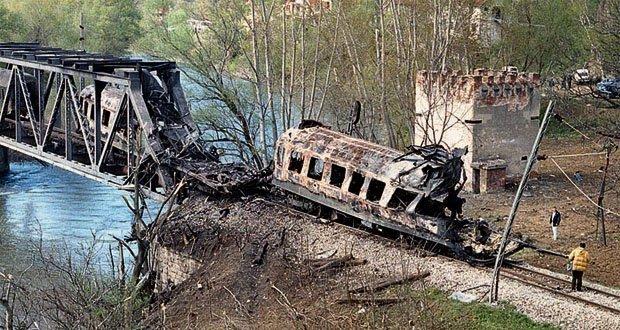 Bombardovanje voza kolateralna šteta ili ratni zločin?