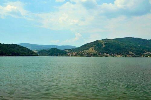 Nišlije i Zaječarci se otimaju za Bovansko jezero